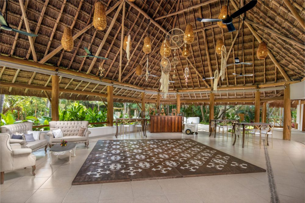 Mahekal Beach Resort Offers Three Comprehensive Wedding Packages To Suit Your Every Need The Ambar Collection Jade And Turquoise